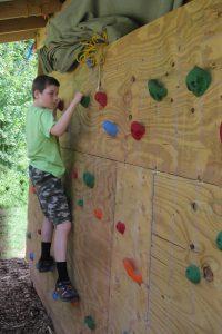 EthanLupold_BoulderingWall_Pack83_CampMackSTEM